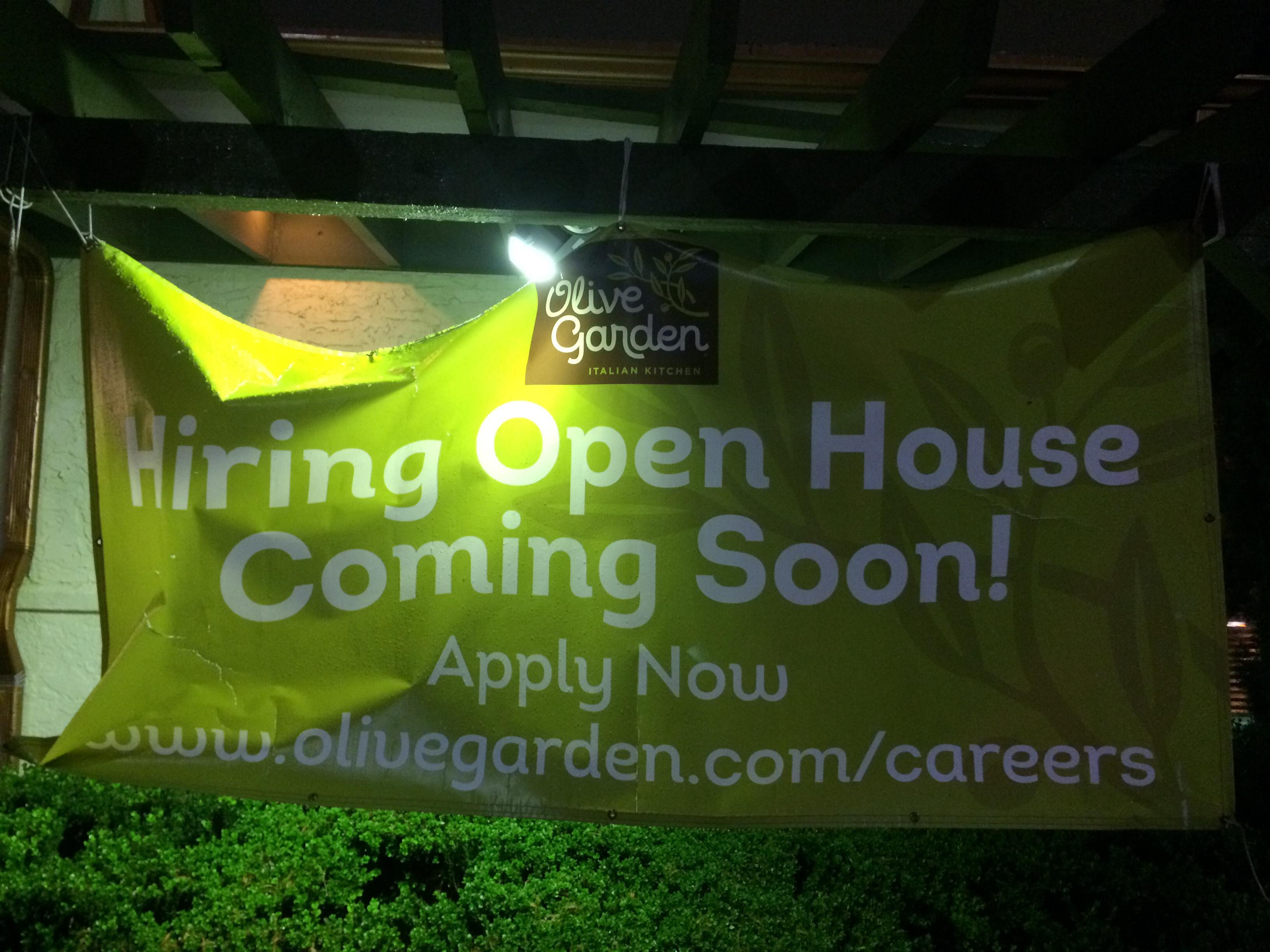 Now Hiring Olive Garden Planotx Collin County Dfw Magazine